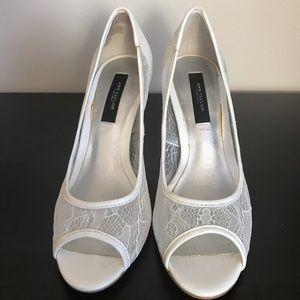 Ann Taylor white lace heels, US 6